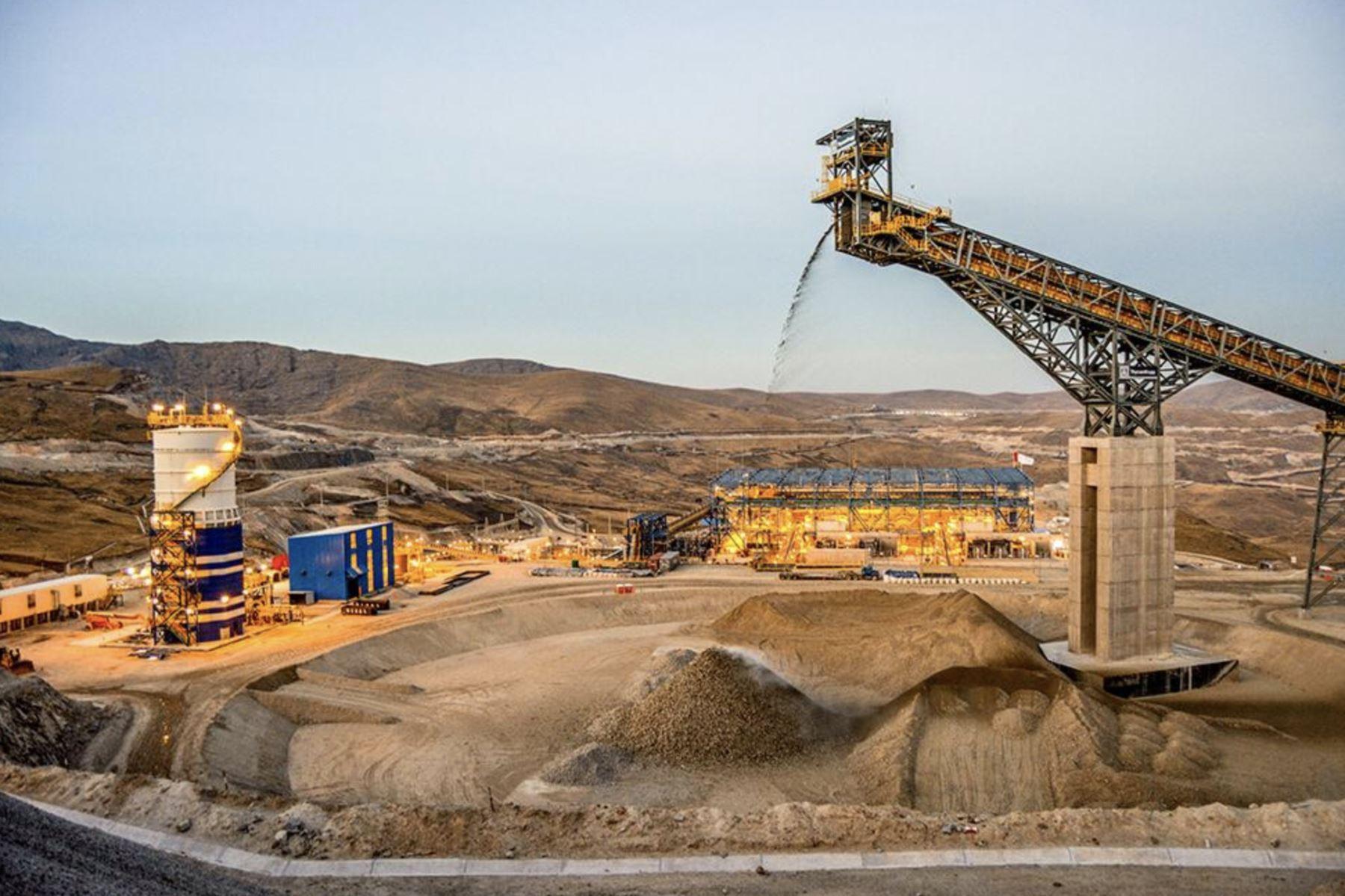 Anuncios mineros: un nuevo tren en el sur