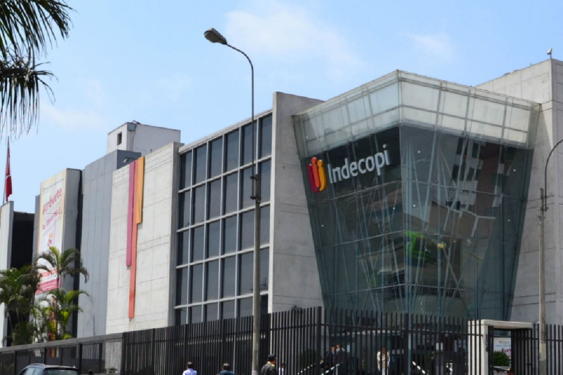 Palacín en Indecopi: al acecho de las empresas