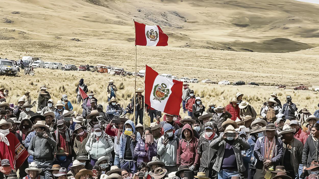 Las Bambas: conflicto social entre la minera y las comunidades viene escalando por errores desde el Ejecutivo