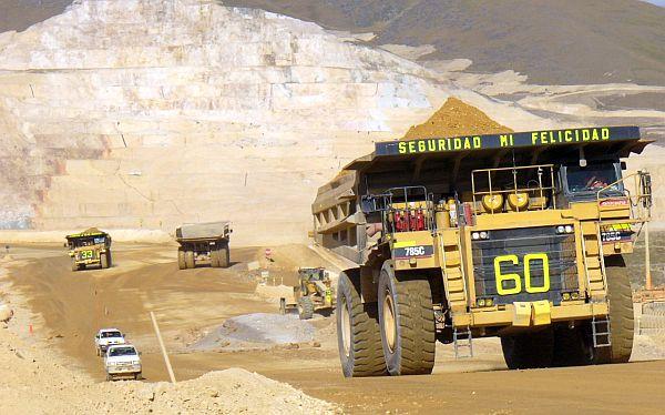 PBI de octubre: minería y comercio siguen sosteniendo a la economía peruana