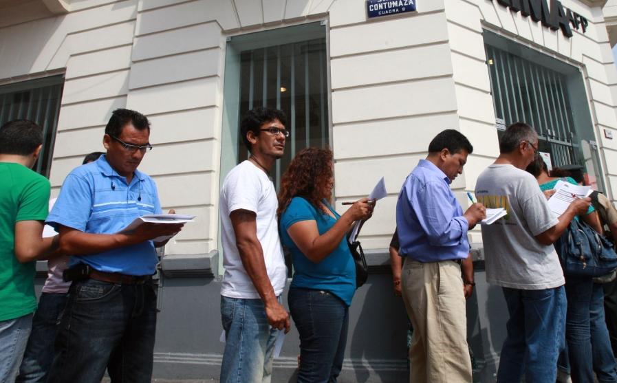 Reforma del sistema de pensiones: las diferencias entre el Perú y Chile