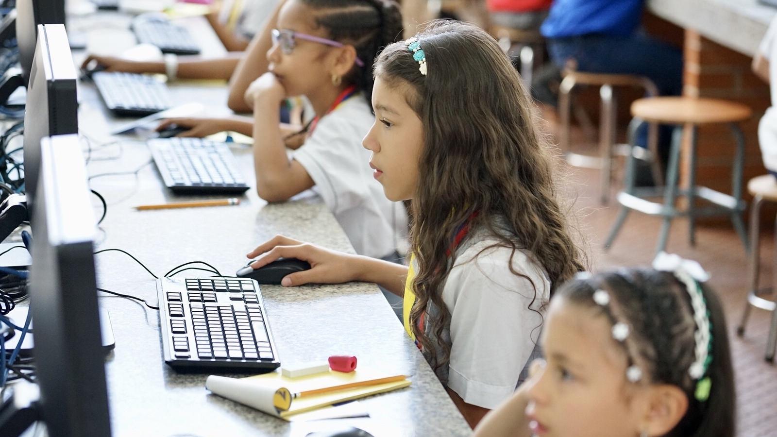 Mineducación insiste: niños venezolanos pueden estudiar en Colombia