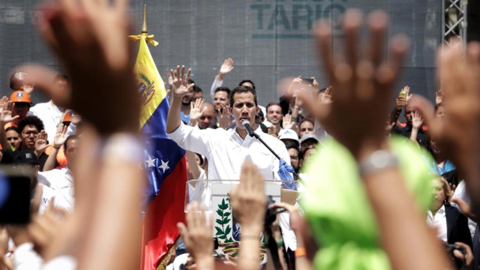 Juan Guaidó se une a las manifestaciones en Caracas