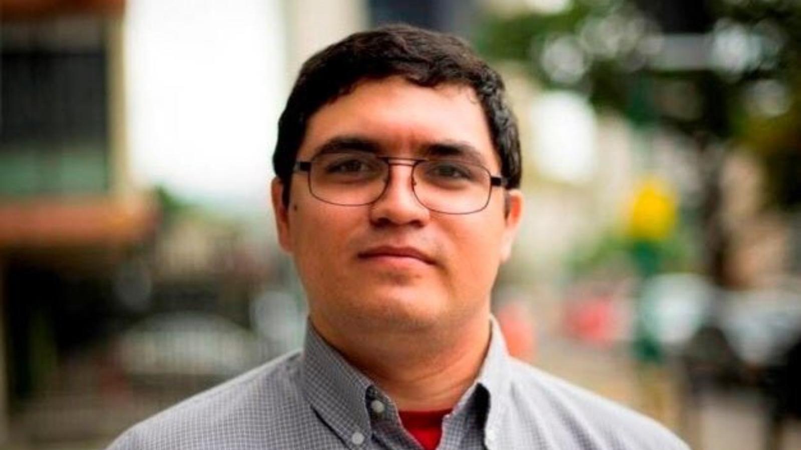 Agentes de inteligencia detienen a periodista y defensor de DDHH venezolano