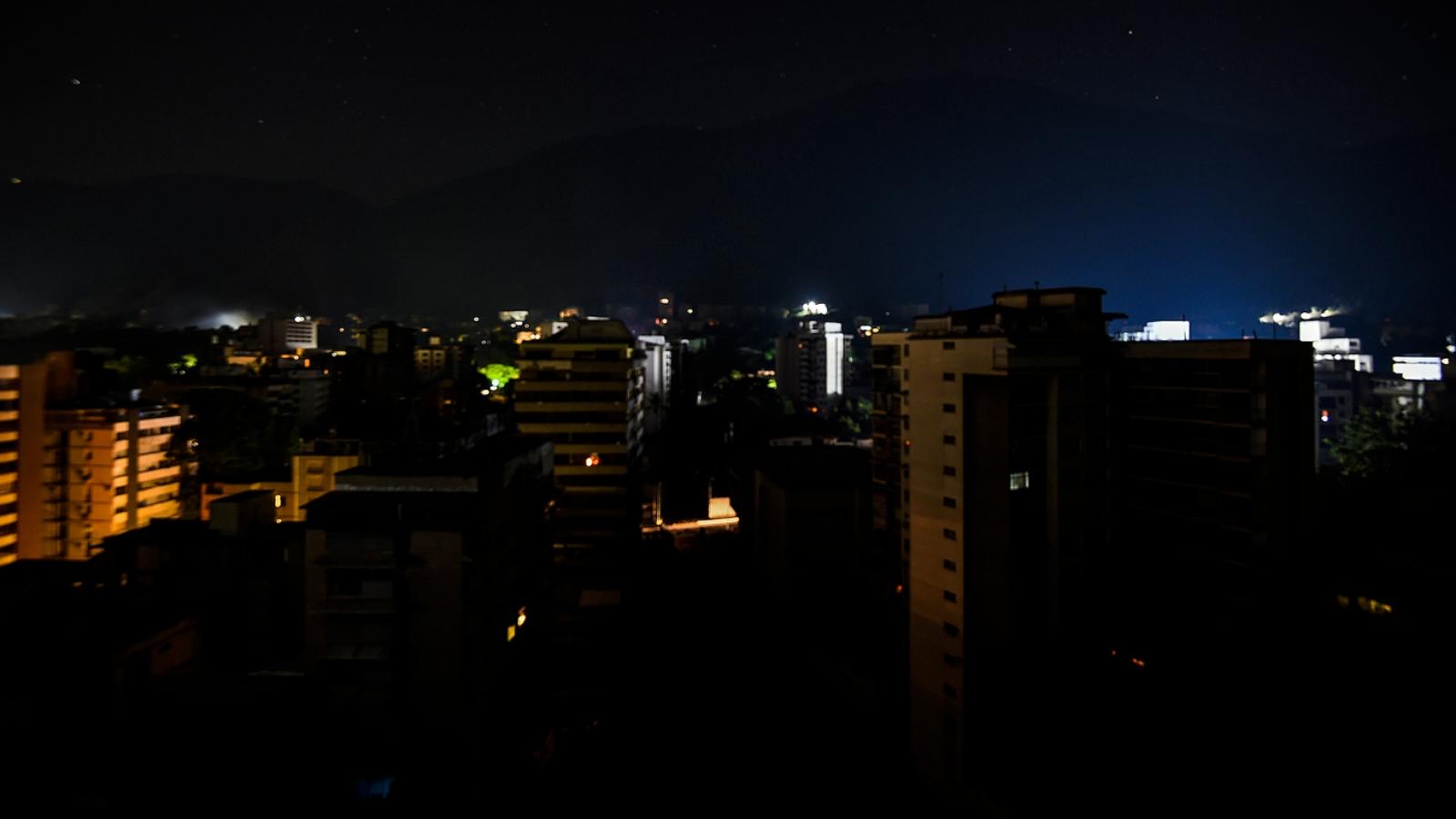 Venezuela, nuevamente paralizada tras apagón