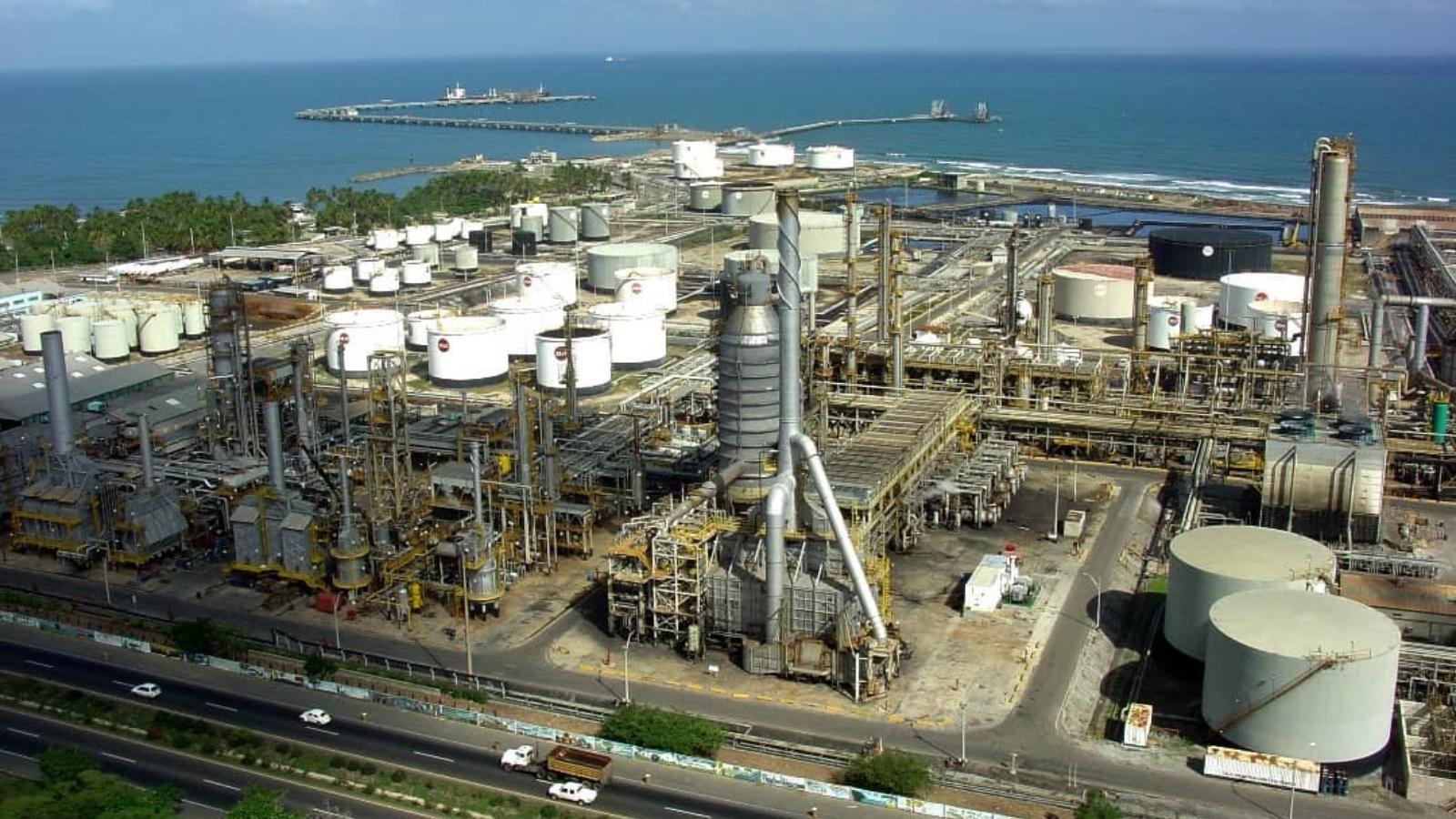 EEUU sanciona a 34 barcos de PDVSA y a dos empresas por enviar crudo a Cuba