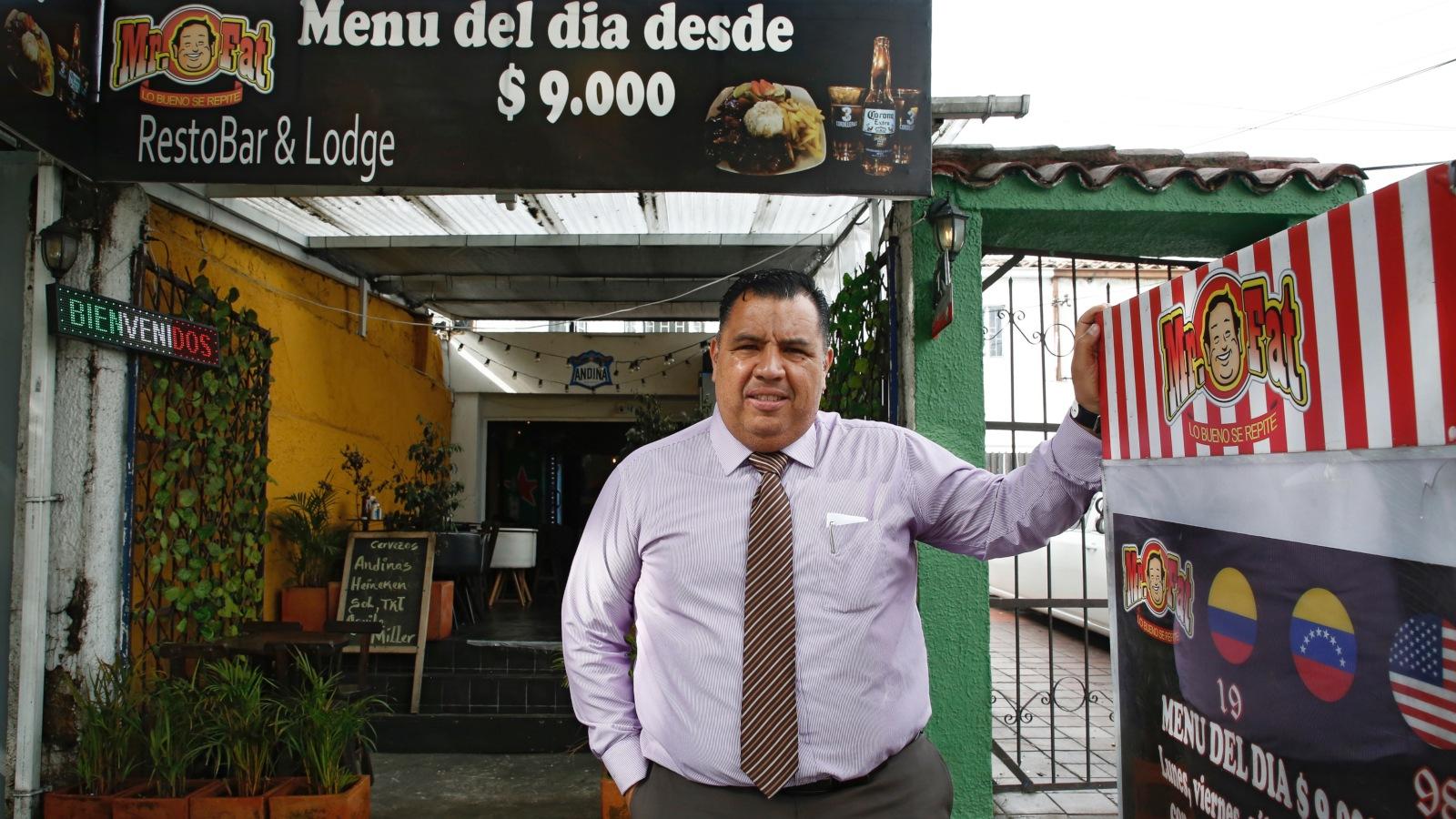 El venezolano que ofrece albergue a sus compatriotas en Bogotá