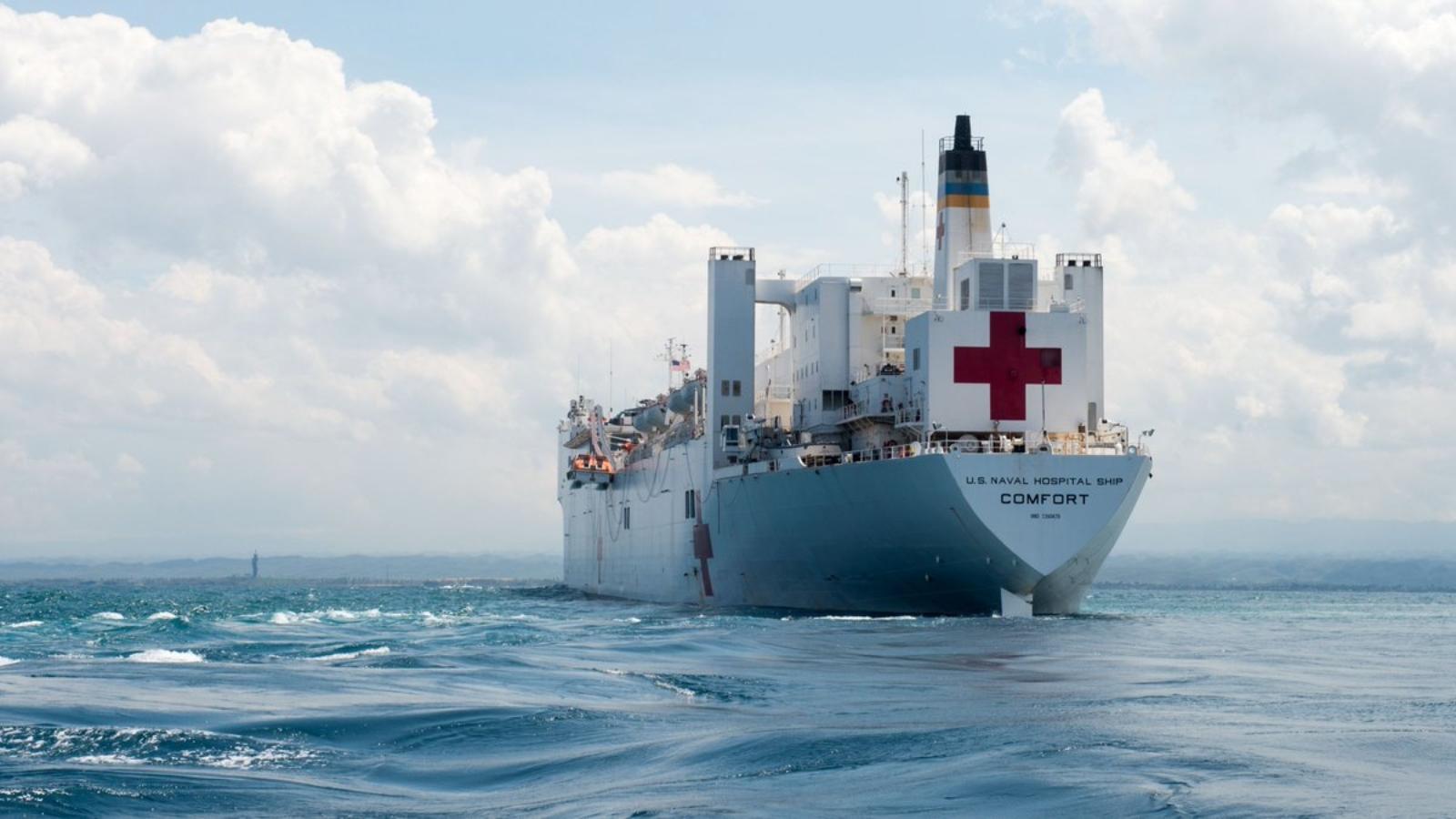 Un buque hospital de Estados Unidos llegará para atender a migrantes