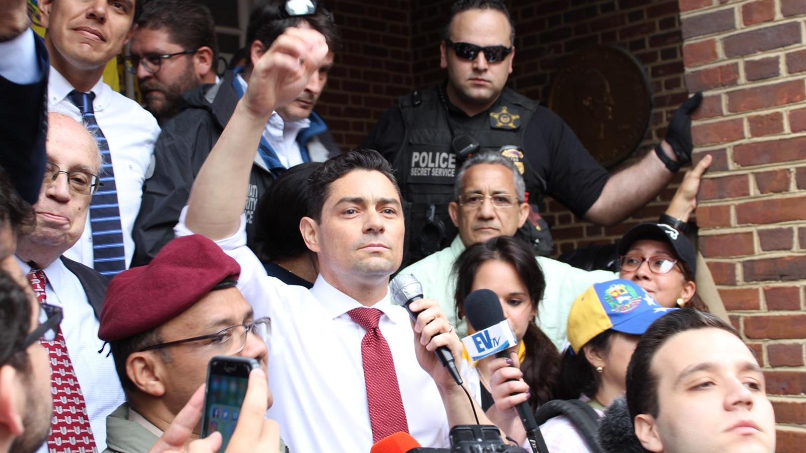 Delegado de Guaidó en EEUU solicita reunión con Comando Sur