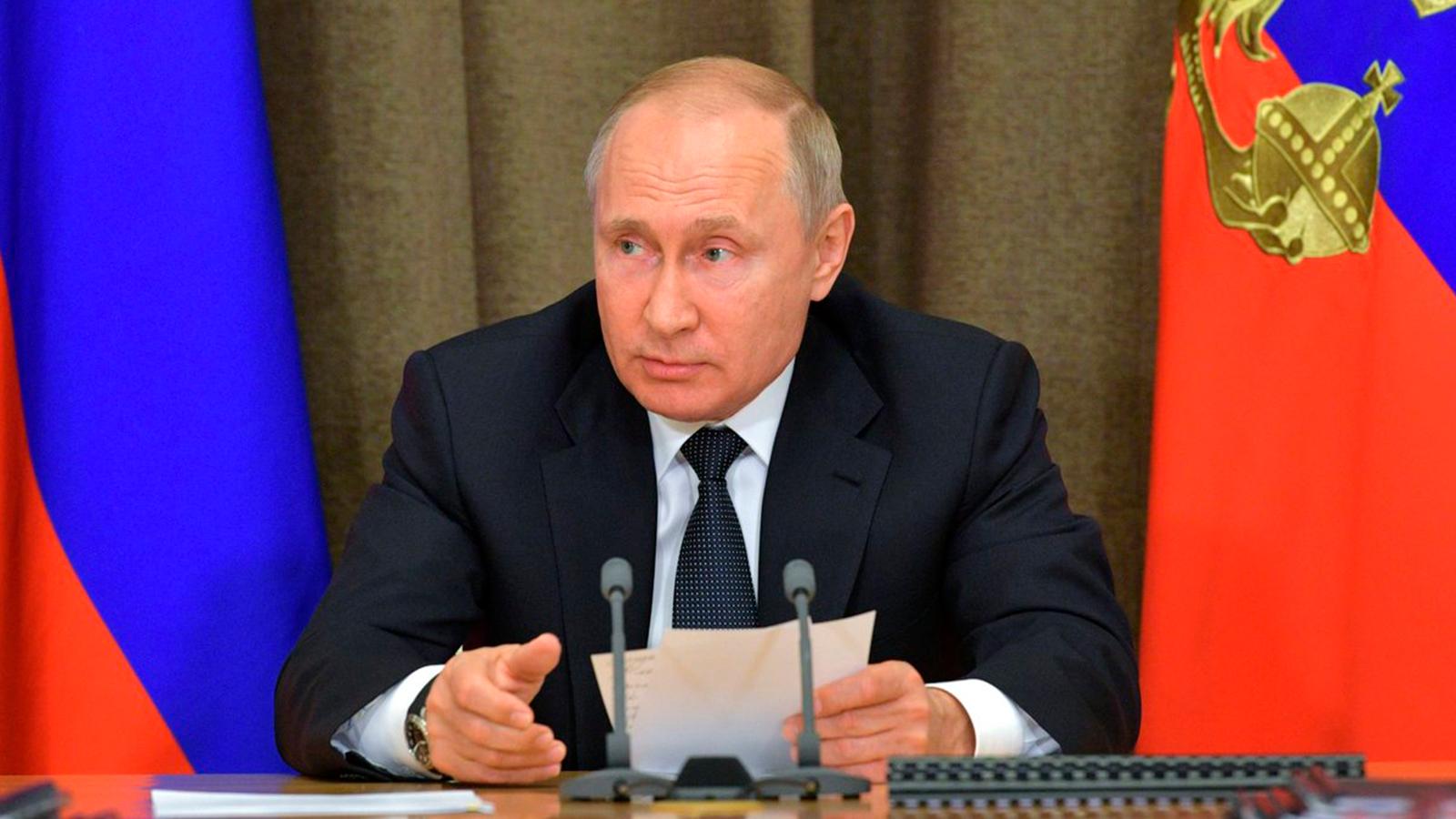 Kremlin niega haber informado a Estados Unidos de retirada de personal de Venezuela