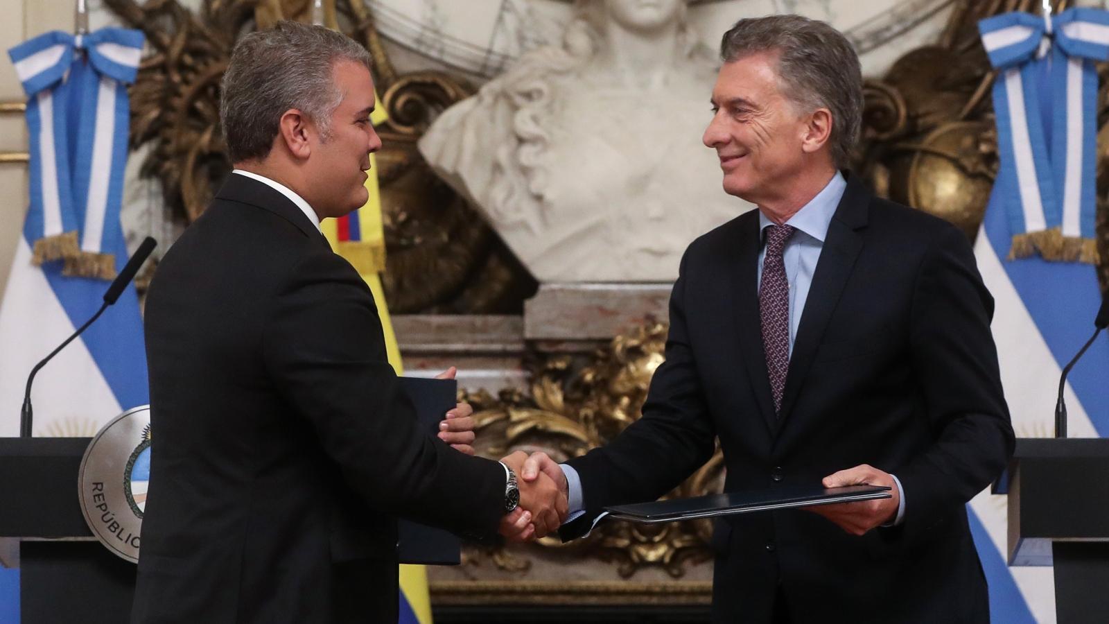 Presidente argentino dice que la migración de venezolanos no es sostenible en el tiempo