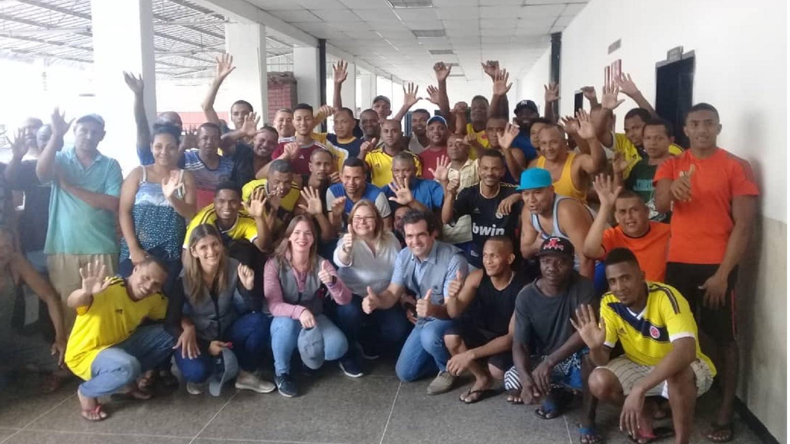 Venezuela deporta a 59 colombianos acusados de terrorismo, según ONG Foro Penal