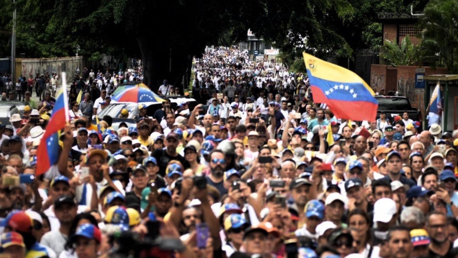 La inflación anual de Venezuela llegó a 445.482 por ciento