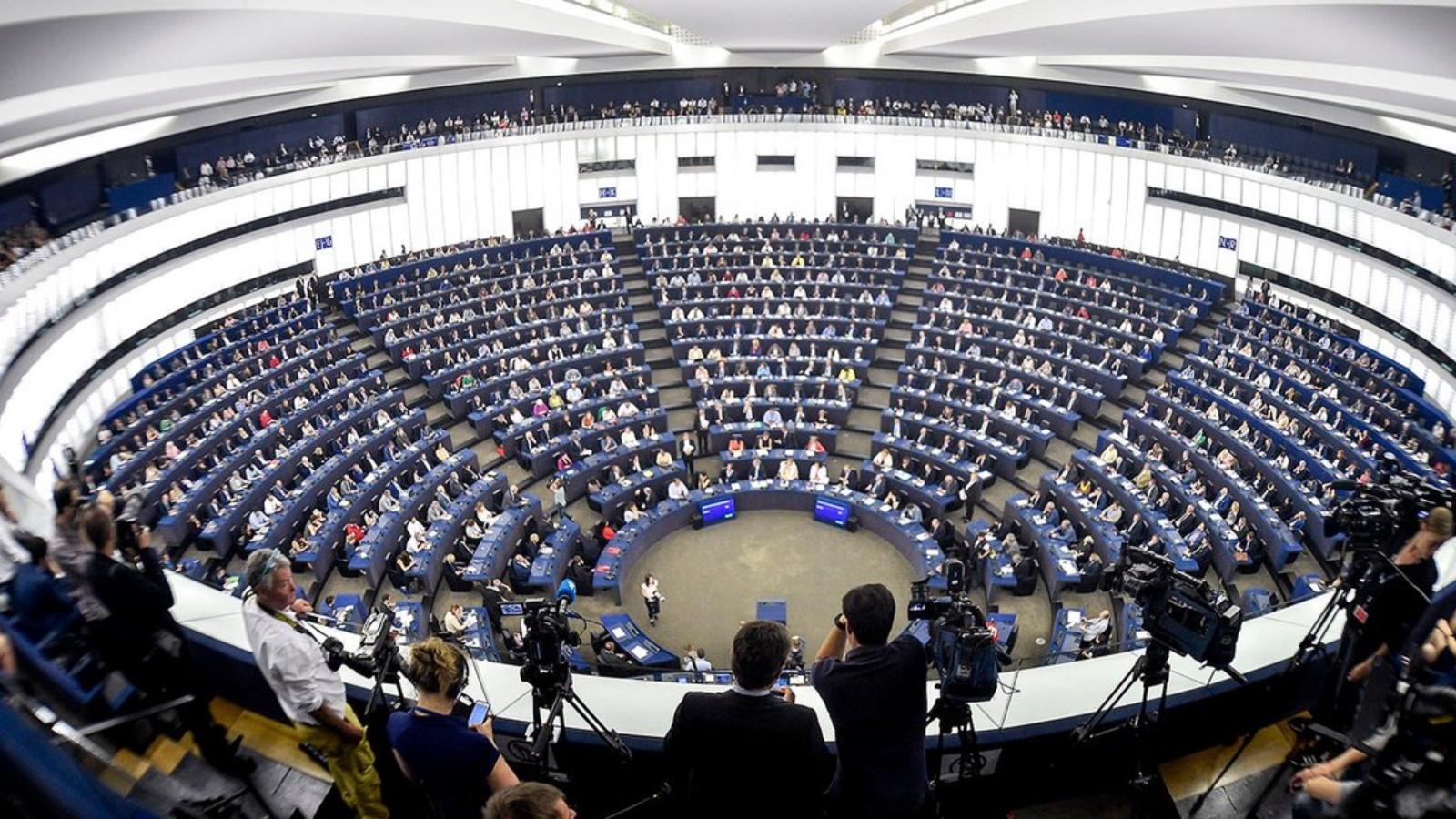 Nuevo Parlamento Europeo reclama más sanciones por