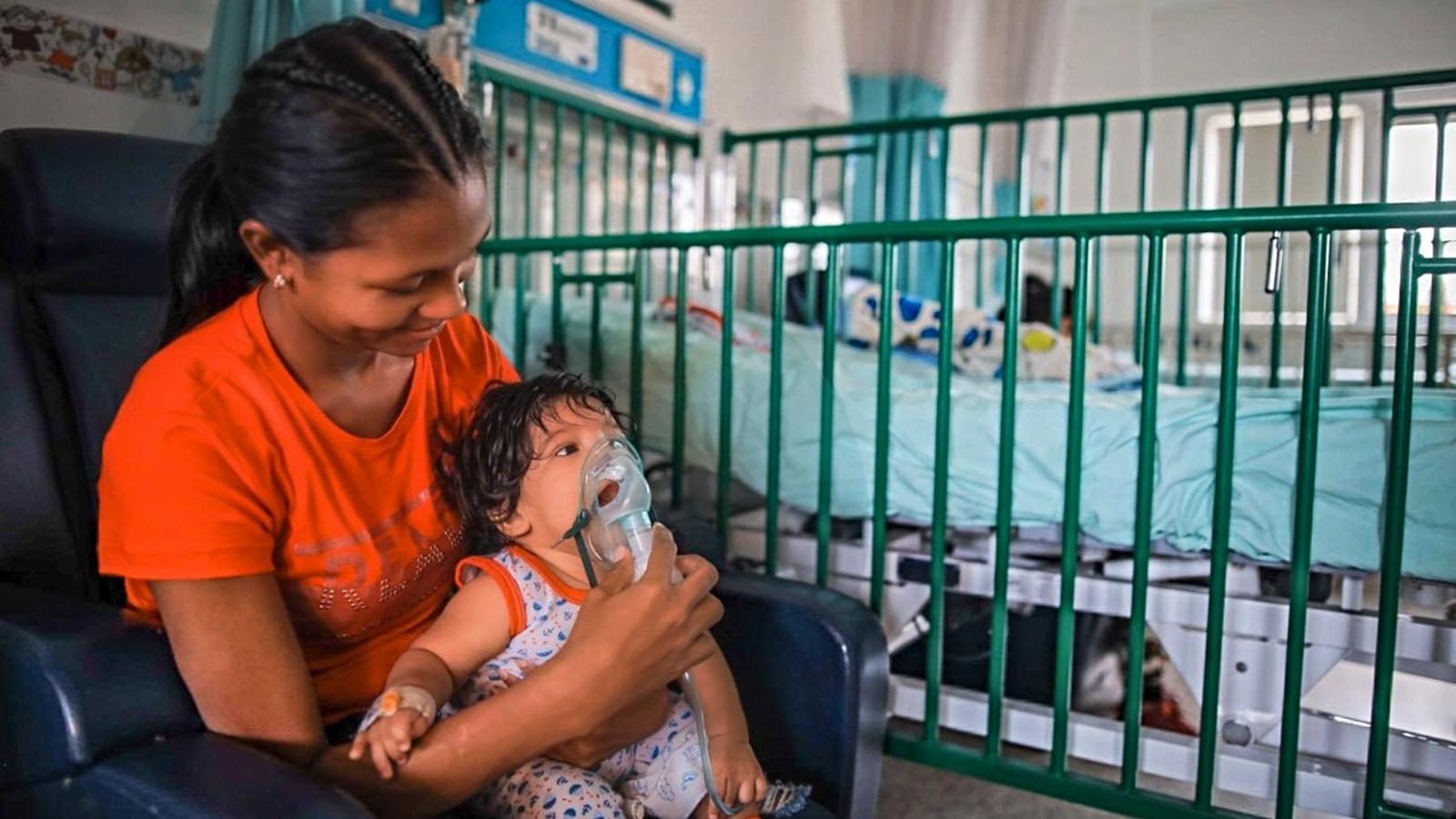 Colombia tendrá tarjeta única de vacunación para migrantes, en línea con otros países