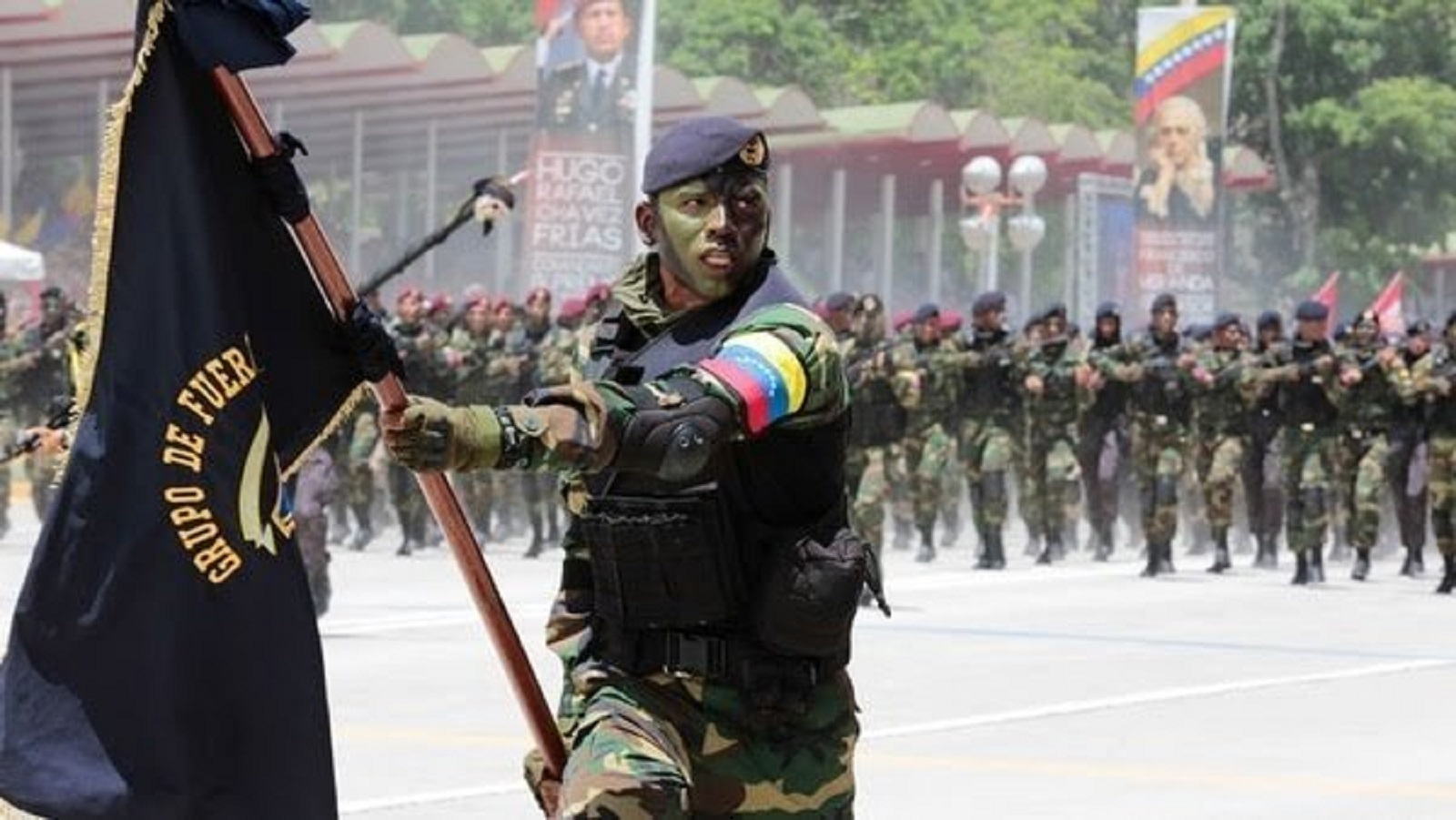 Venezuela desplegará 150.000 militares en ejercicios en la frontera con Colombia