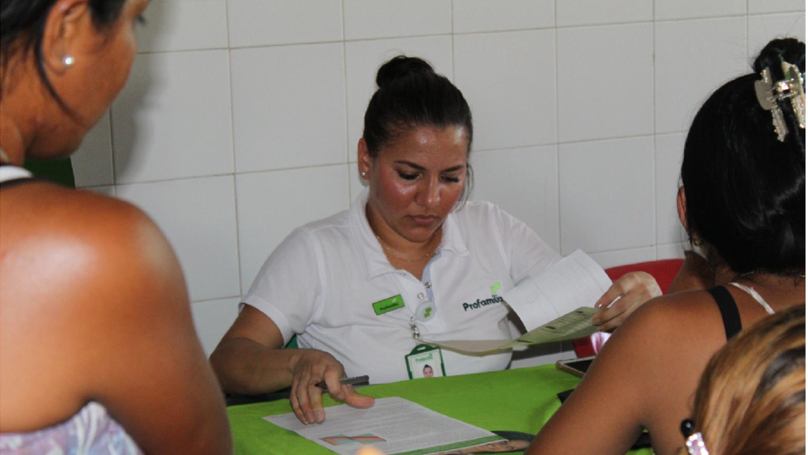 En Maicao e Ipiales, Profamilia atiende a migrantes venezolanos