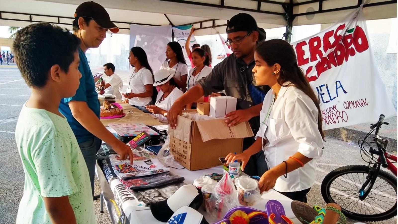 Emprendedores venezolanos podrán acceder a créditos en Colombia