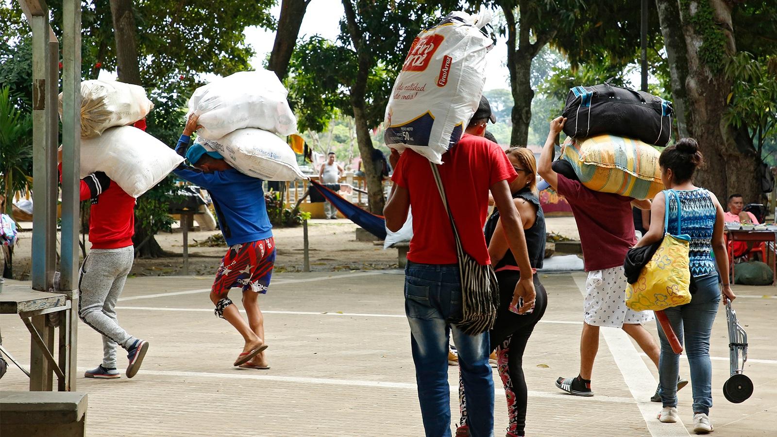Así será el programa para formar a jóvenes venezolanos en Colombia y Perú