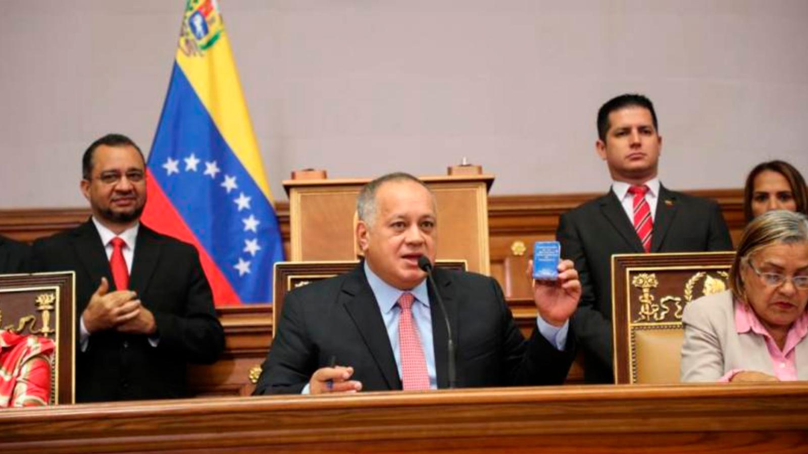 'Fue un triste espectáculo': Diosdado Cabello sobre la disputa Guaidó-Parra