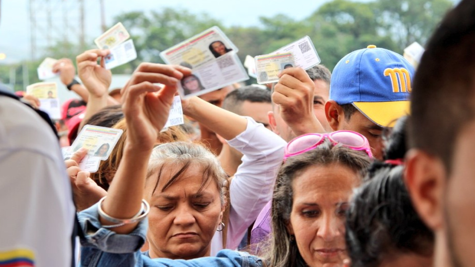 Venezolanos irregulares podrán trabajar legalmente en Colombia