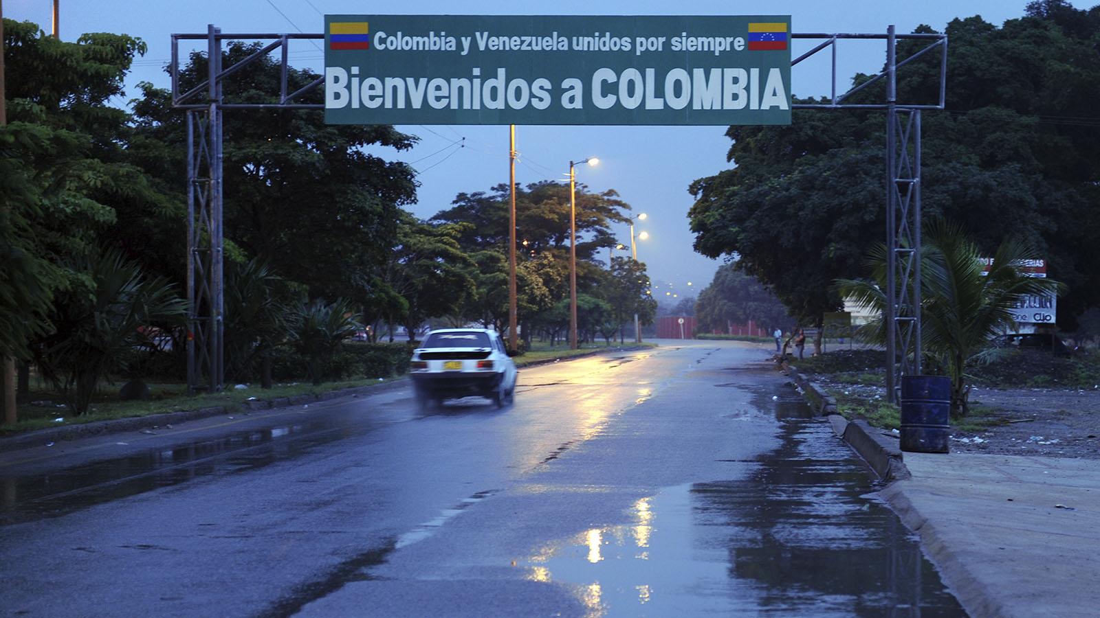 ¿Qué implicaría reabrir la frontera comercial entre Colombia y Venezuela?