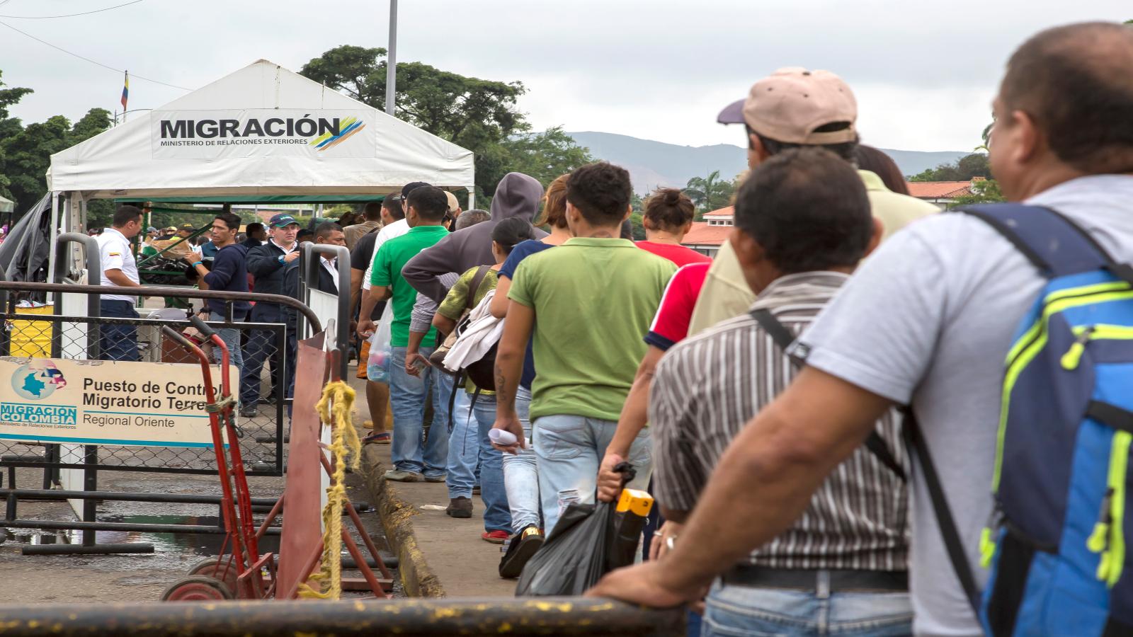 llevar-a-terceros-el-control-de-los-migrantes-venezolanos-