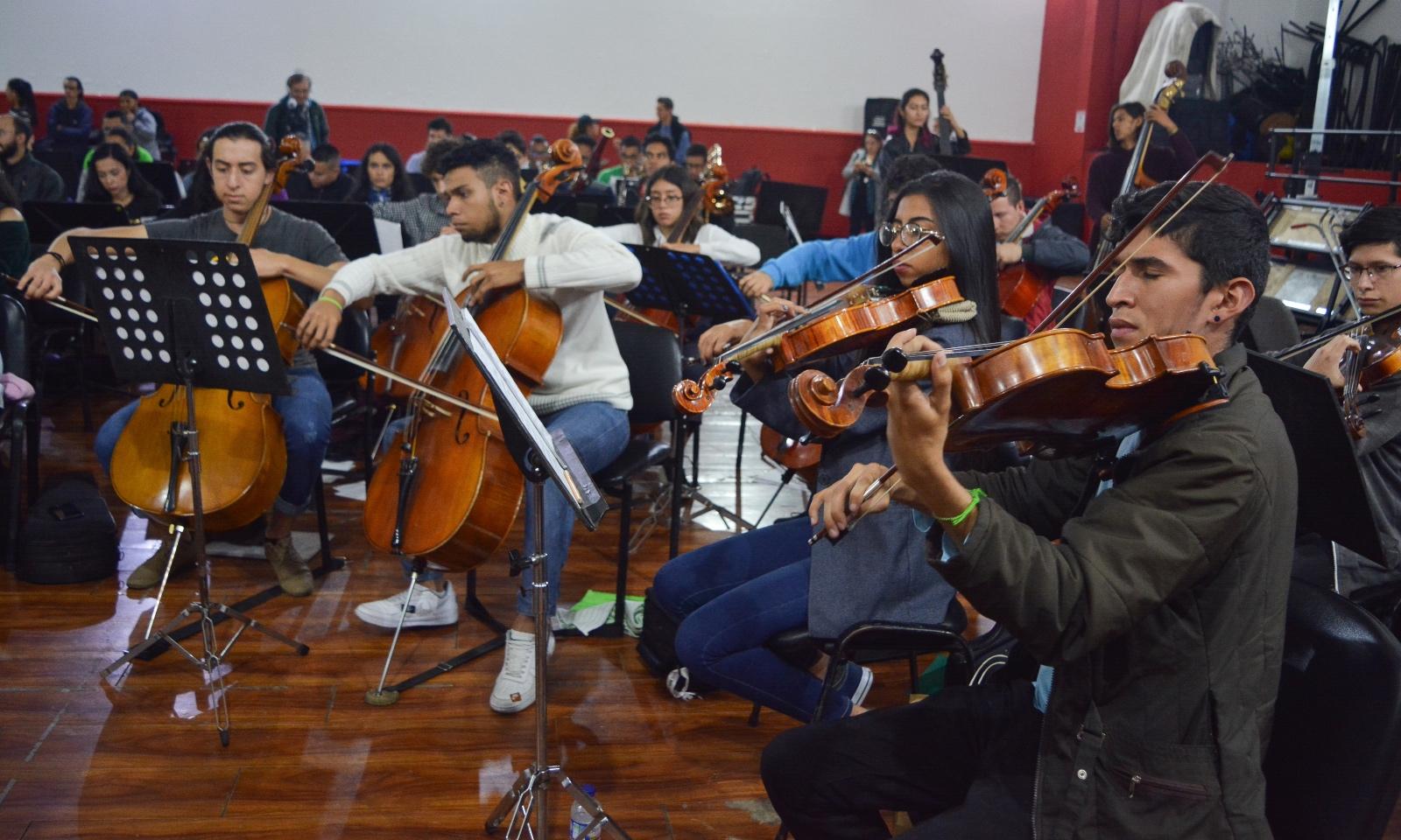 En video | 'La orquesta de la integración': dos naciones, una misma melodía