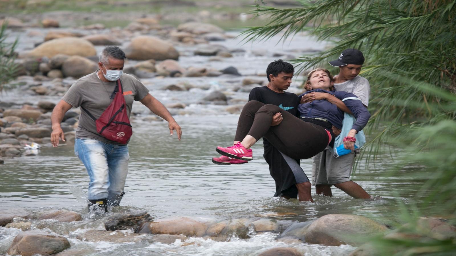 Migrantes: crisis en medio de la crisis