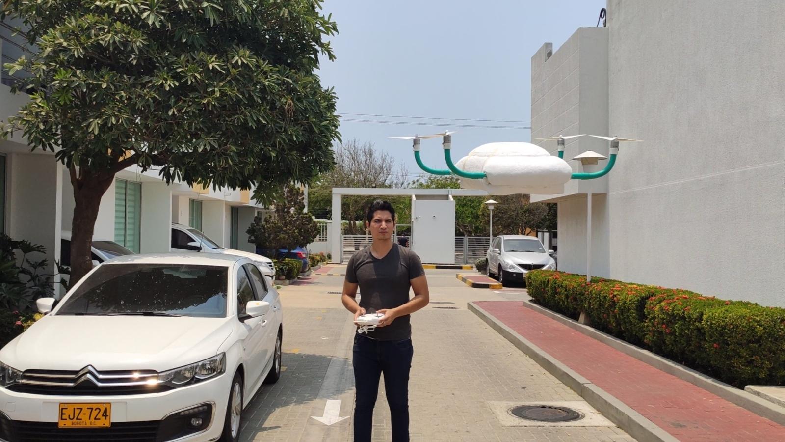 Venezolano creó un drone de icopor para trasladar medicinas durante la pandemia