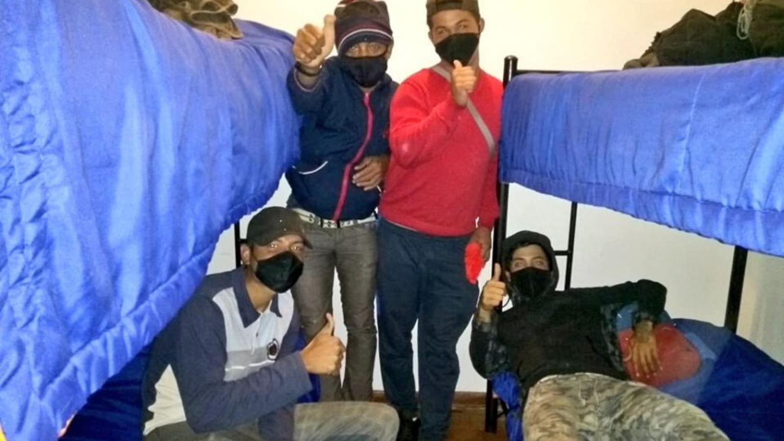 Treinta venezolanos que pernoctaban en cambuches aceptaron ir a un albergue