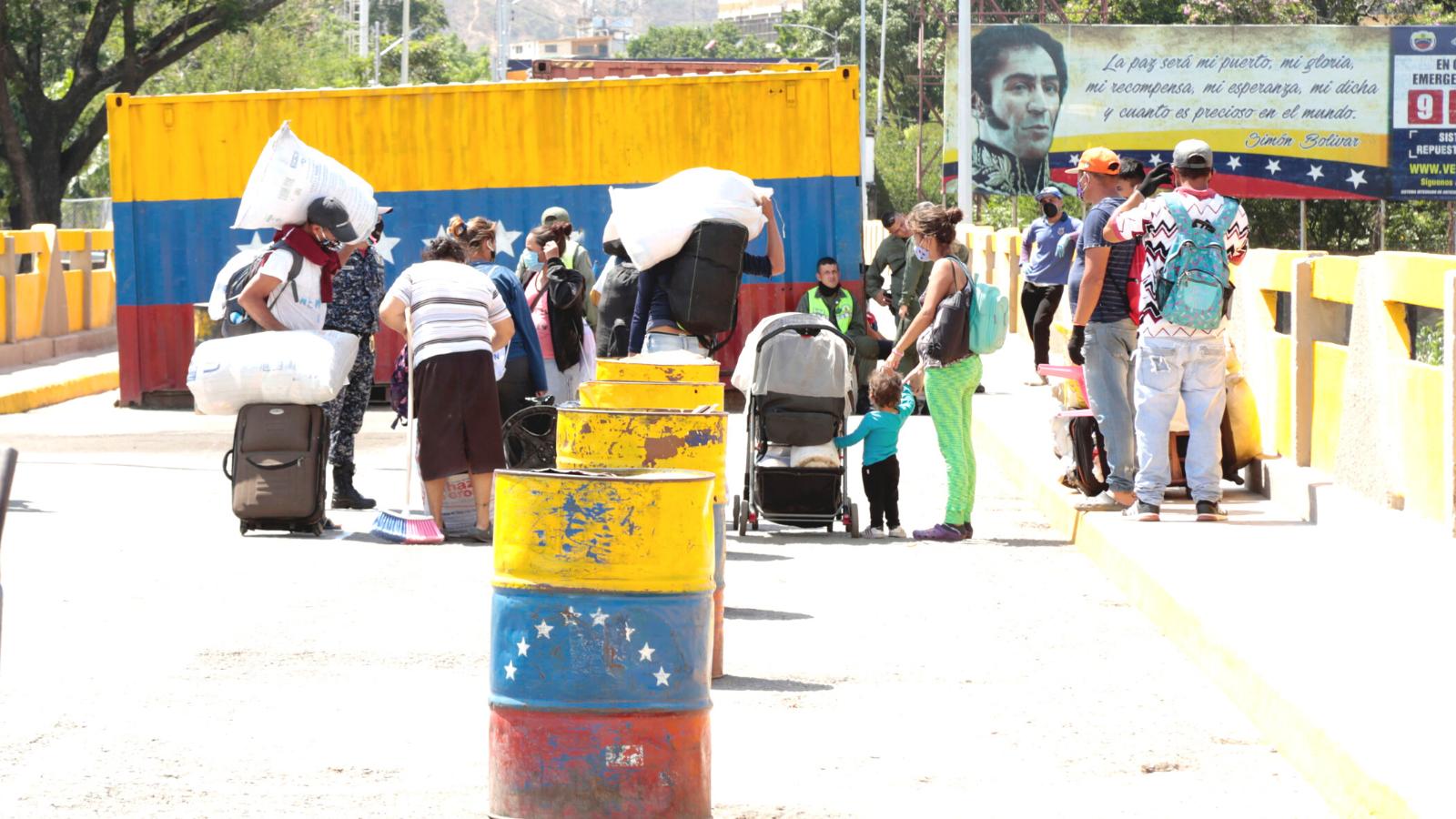 Venezuela aumenta recepción de retornados en frontera: pasó de 900 a 1750 por semana