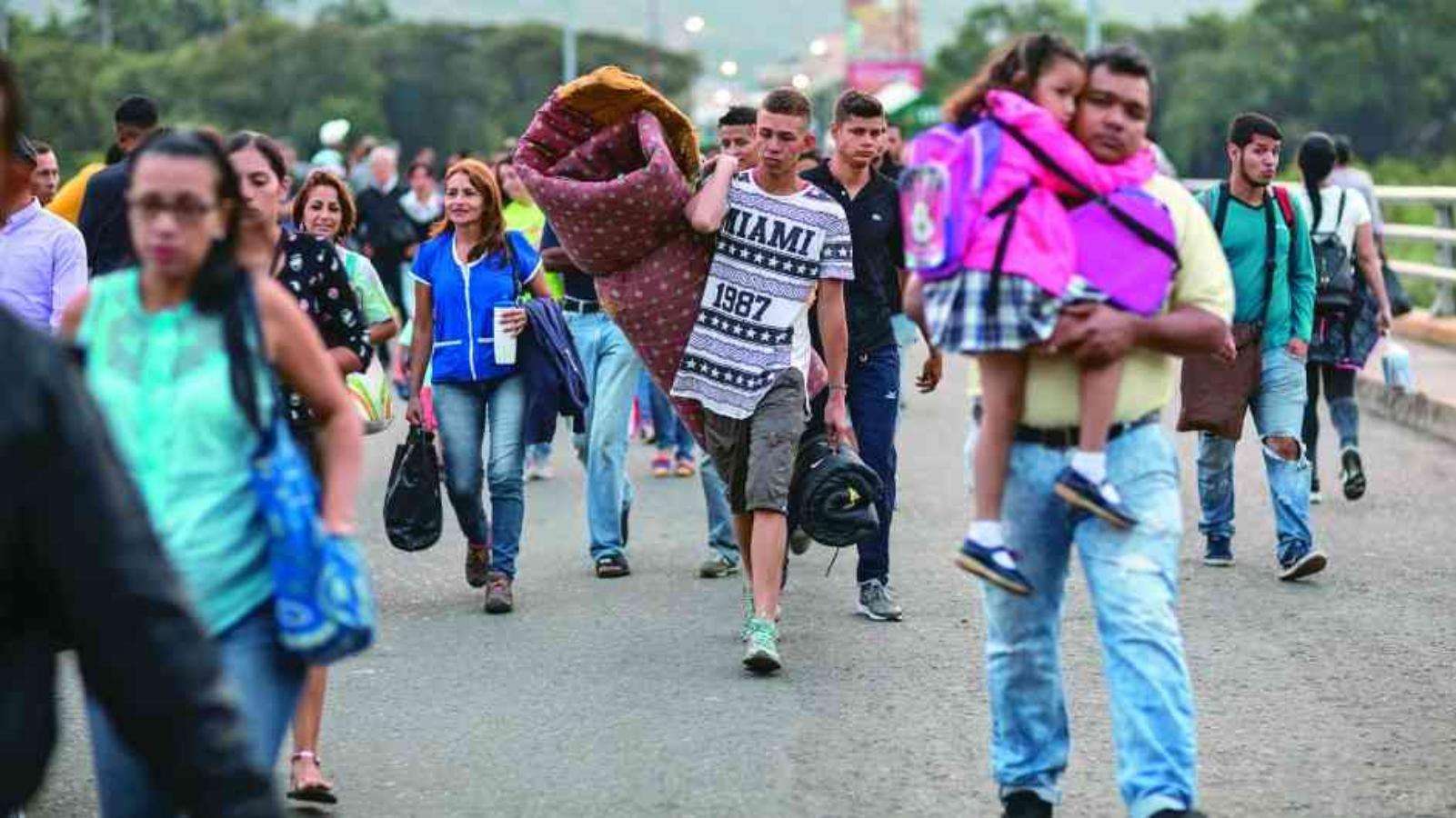 El 58 por ciento de venezolanos en Colombia se quiere quedar
