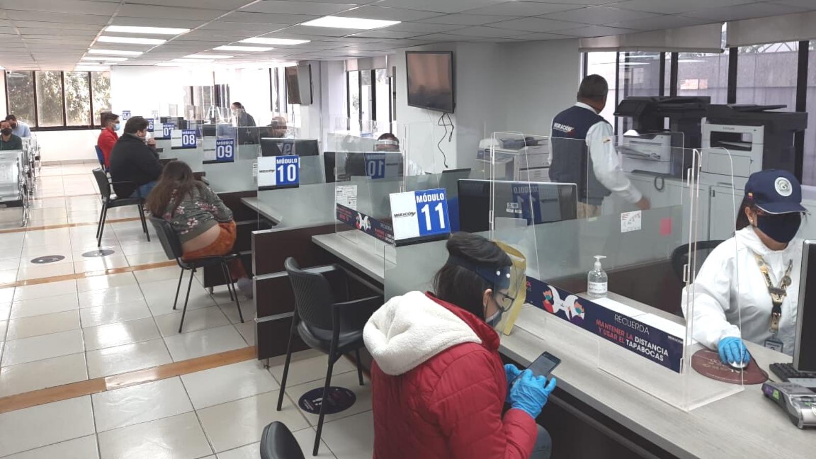 Migración Colombia retoma los trámites presenciales
