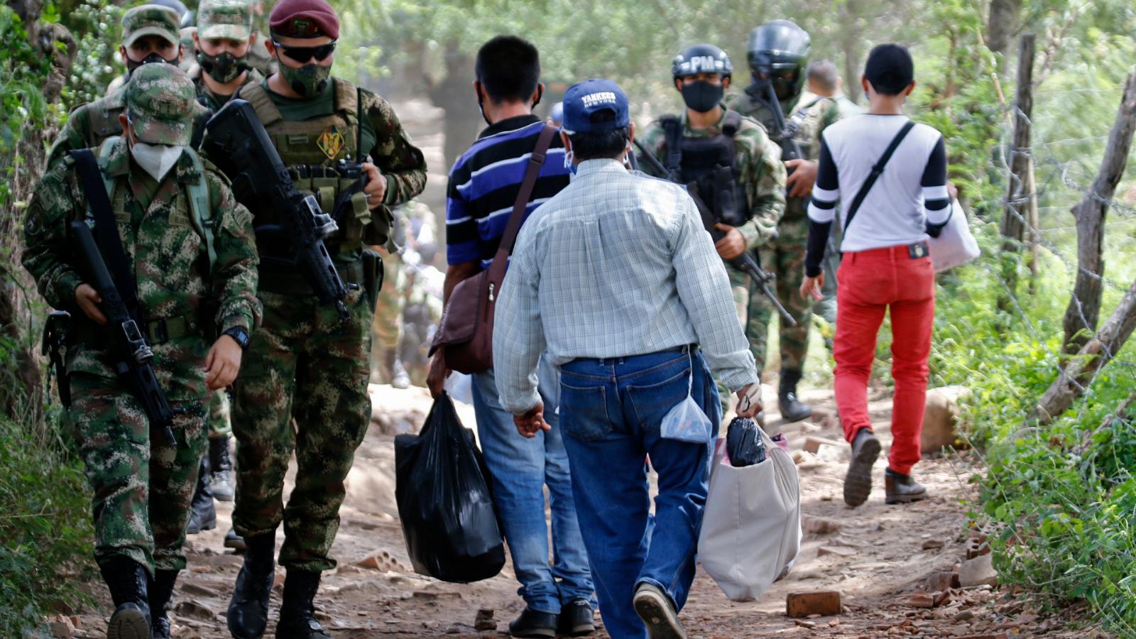 Han devuelto a 5 mil migrantes por intentar pasar trochas