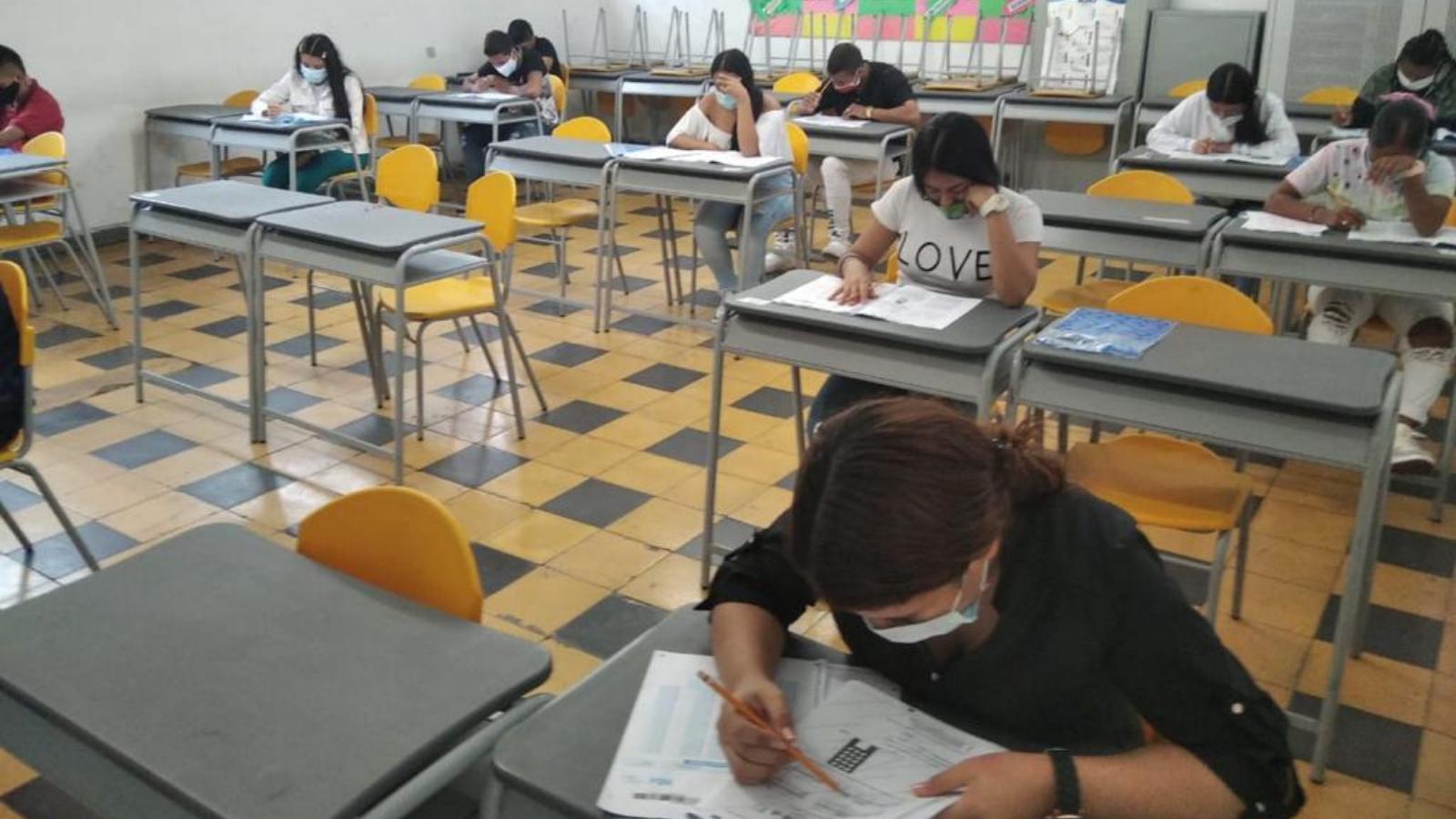 Abrirán corredor fronterizo para 177 estudiantes venezolanos