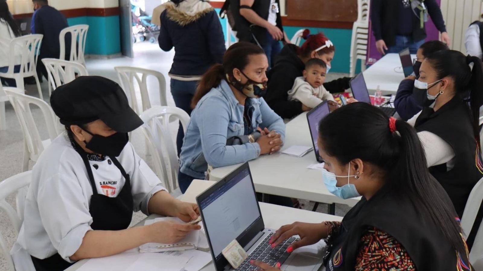 En jornada gratuita, afiliarán a salud a migrantes y retornados en Bogotá