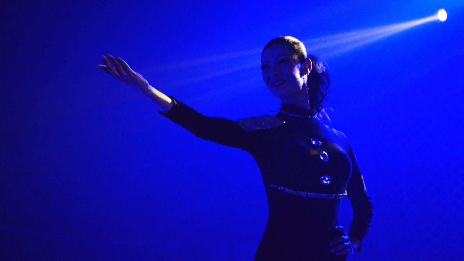 Bailarina venezolana encontró en circo de Bogotá un escape a la crisis