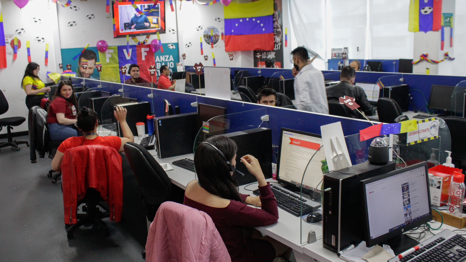 Colombianos retornados y venezolanos podrán certificar competencias laborales