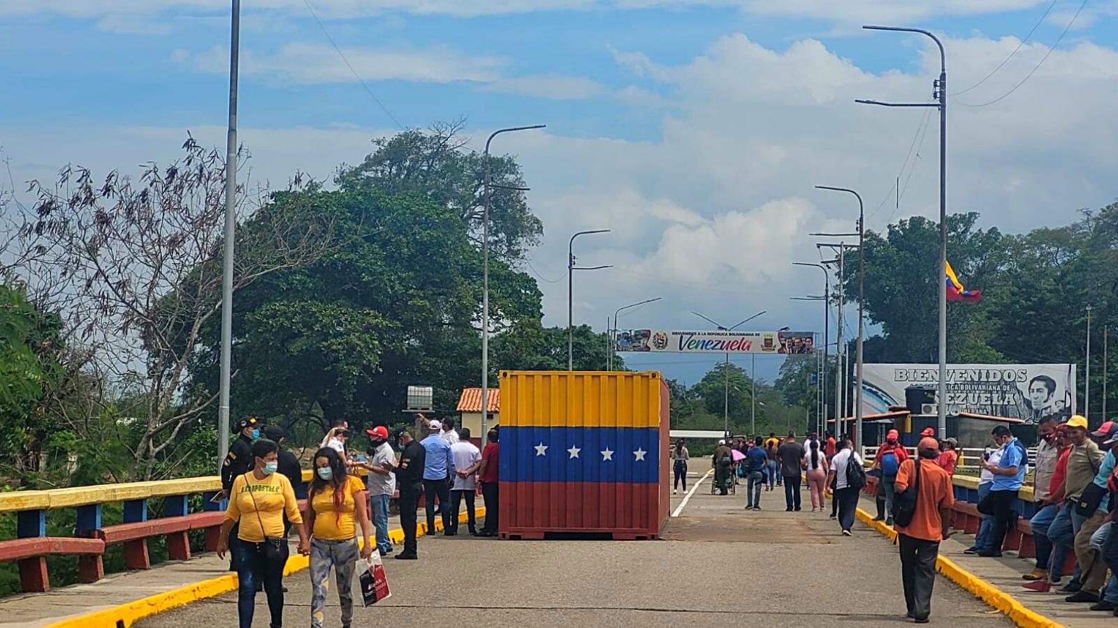 Retiran contenedores de Puerto Santander y nada que se reactiva la frontera