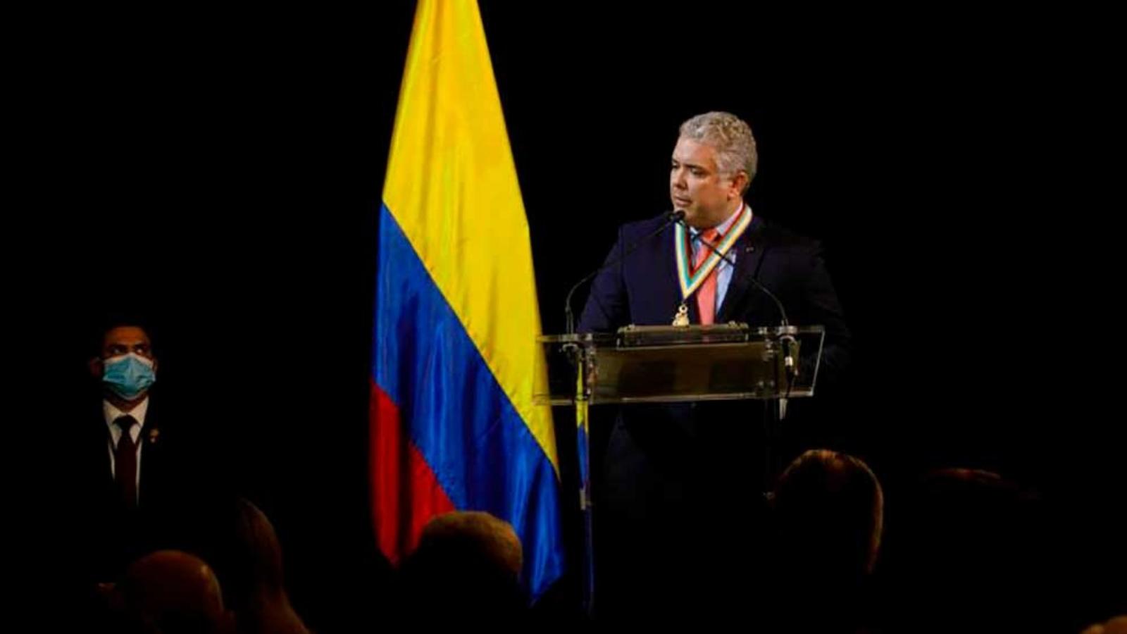 Duque recibió premio del Americas Society por apoyo a los migrantes venezolanos