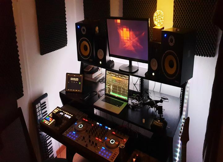 Music Producer mixing to your needs! I finish your song so you can master it.
