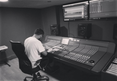 2 TRACK PROFESSIONAL ELECTRONIC MUSIC, TECHNO / DEEP / HOUSE