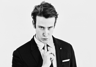 Top French /  British English Young  Male  Voice Actor