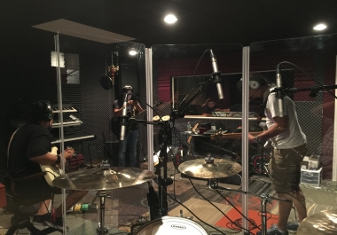 Live Studio Drum Tracking For All Music Genres.