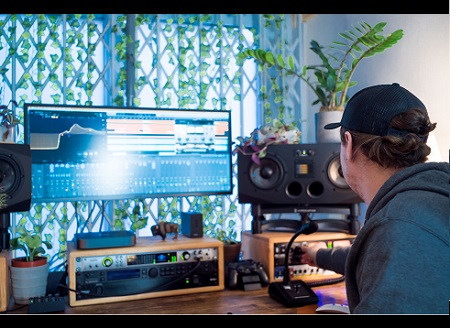 LOGIC, PRODUCTION & MIXING LESSONS - 1 Hour Online