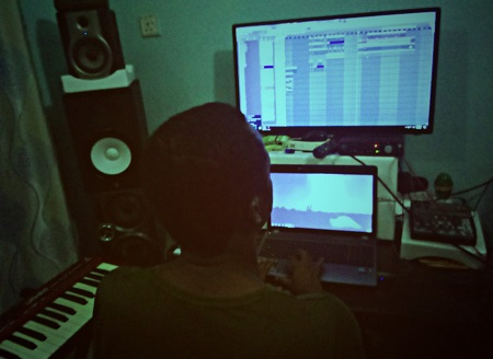 I Make Afro Beats, Afro Pop & Hip Hop, Trap Beats. No copyright reserved