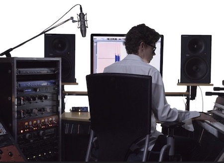Vocal Pitch Correction - Give your song a modern sound