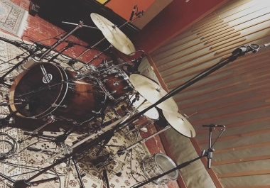 Full drum kit recording and editing for pop songs or vintage drum kit sound