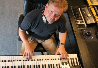KEYBOARDS, PIANO SESSION PLAYER